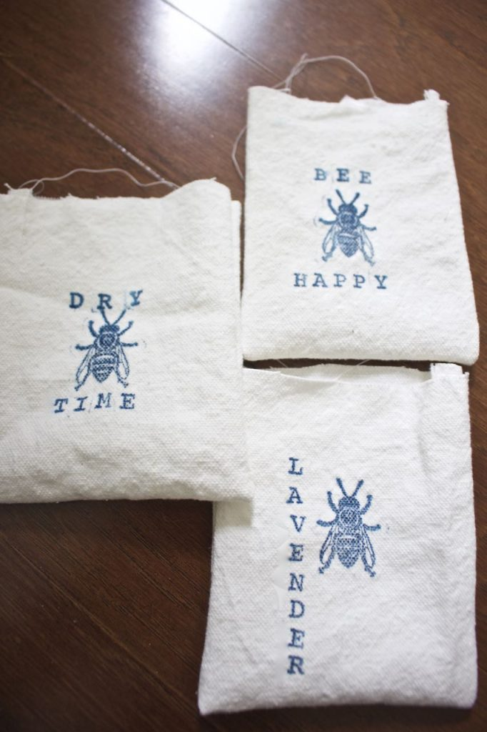 Organic Lavender Dryer Sachet. Fill a cotten bag with organic lavender.