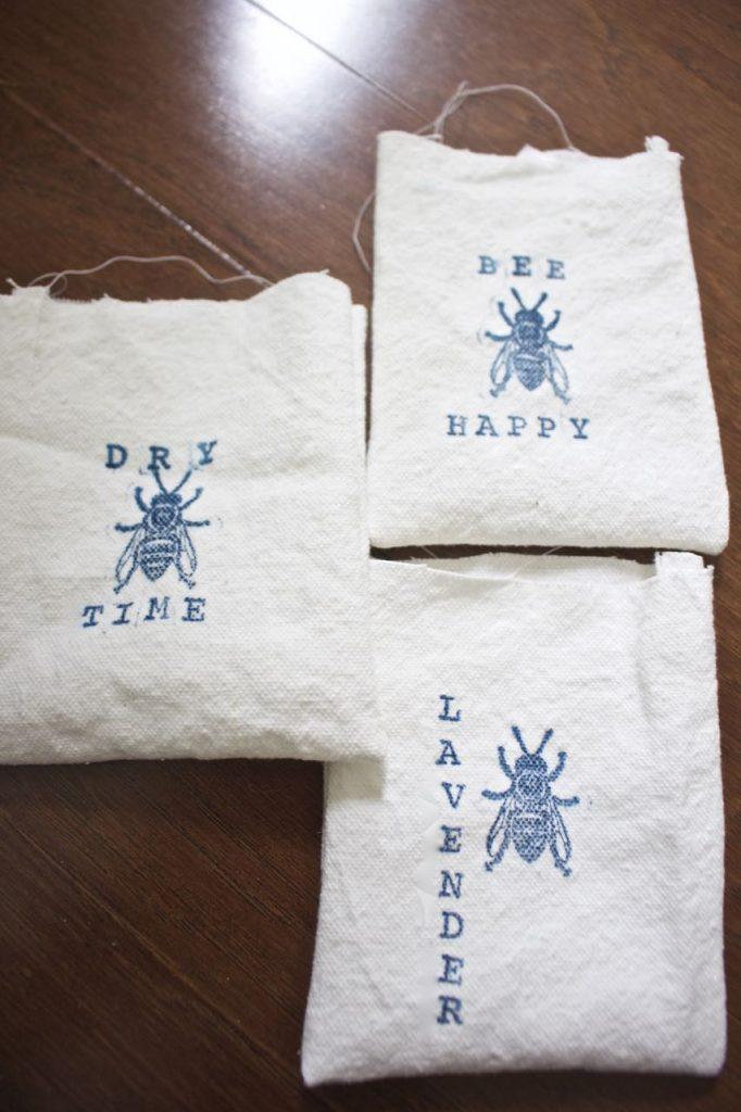 Organic Lavender Dryer Sachet. Fill a cotten bag with organic lavender.
