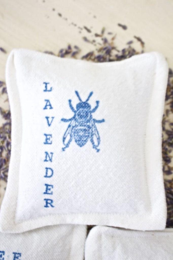 Organic Lavender Dryer Sachet. Fragrant Dryer Sachet