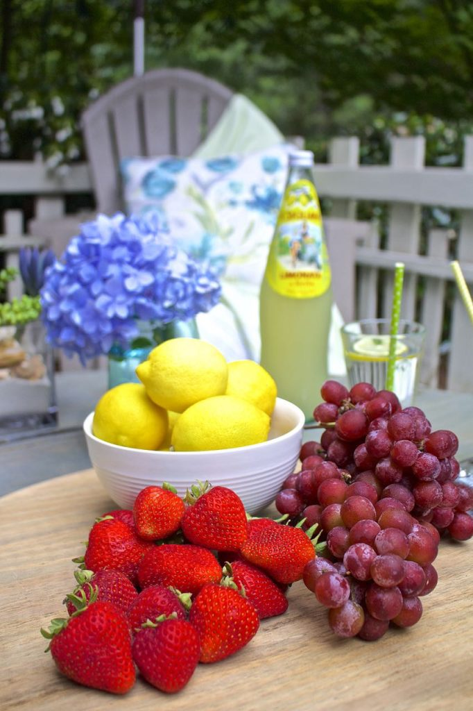 Summer garden and porch tour. Party on the porch.