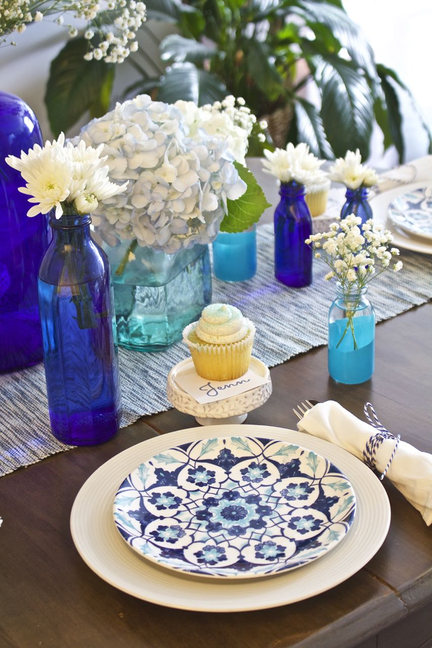 Shades of Blue Summer Tablescape 1