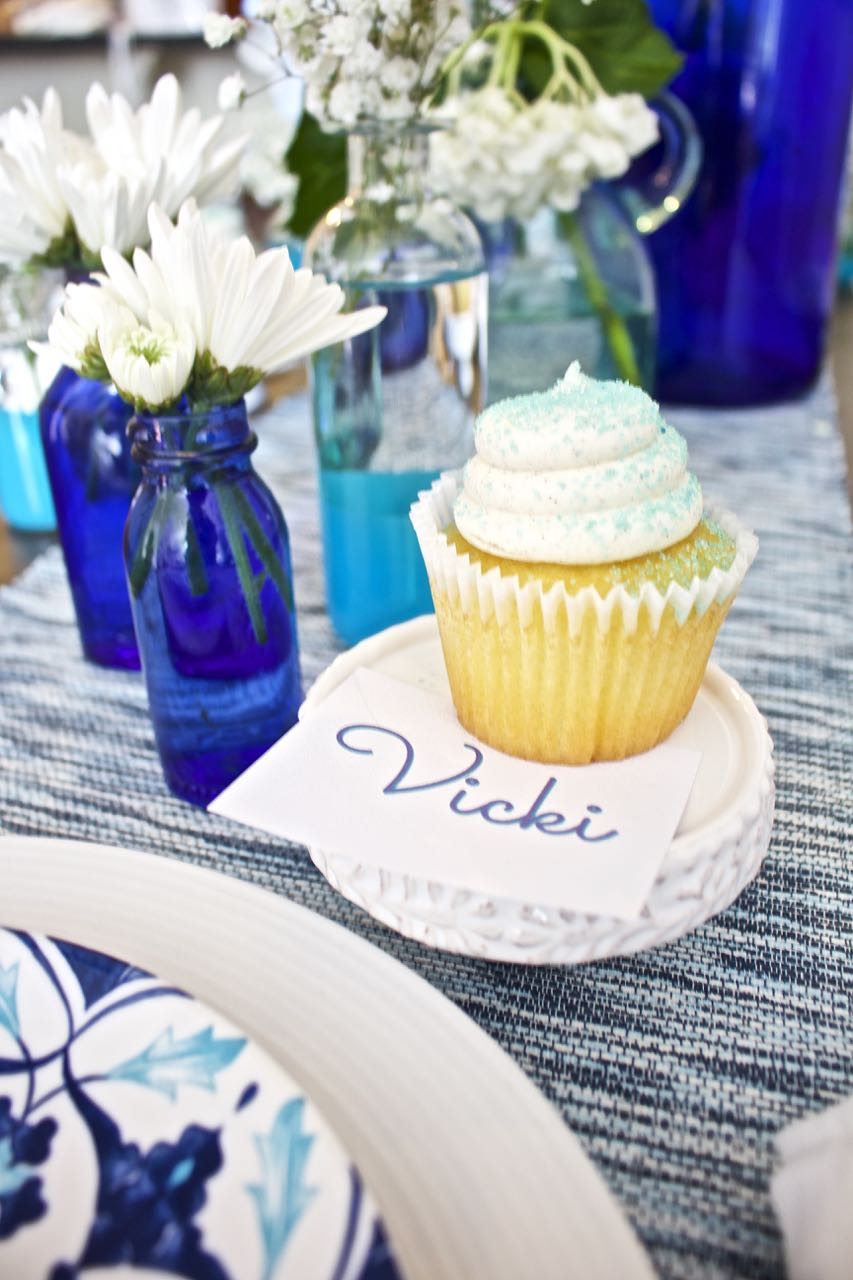 Shades of Blue Summer Tablescape. This cute cupcake stand is perfect for dessert and doubles as a place card.