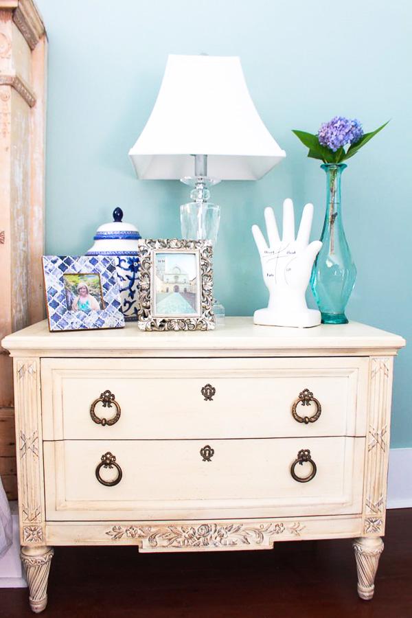 masterbedroom nightstand lightroom-1