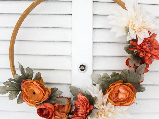 Embroidery hoop wreath for Fall
