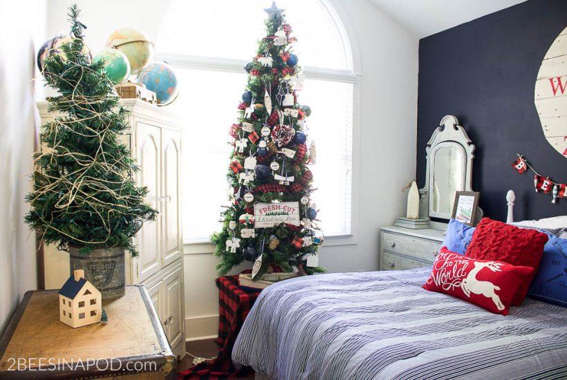Lake Cottage Christmas Bedroom Tour