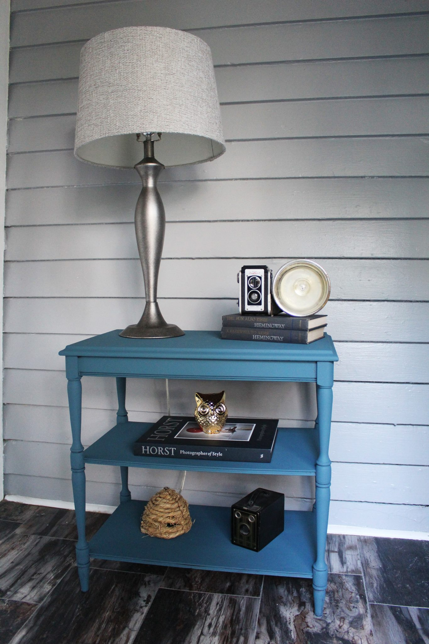 How to Chalk Paint Furniture - Our Best Tips. Aubusson blue side table