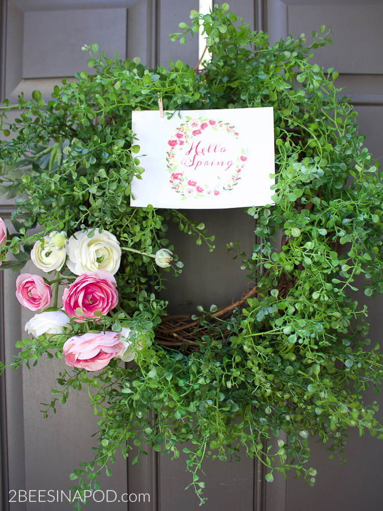 Spring Ranunculus Wreath and Printable. DIY Spring wreath