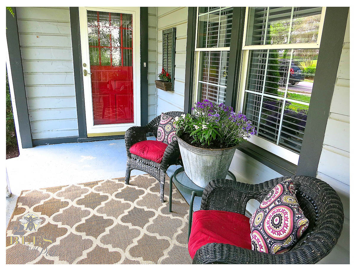 9 diy curb appeal ideas - diy housewives - 2 bees in a pod