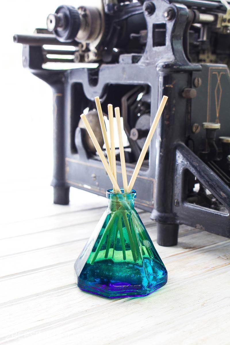 Diy Essential Oil Reed Diffuser 10 Essential Oil Recipes