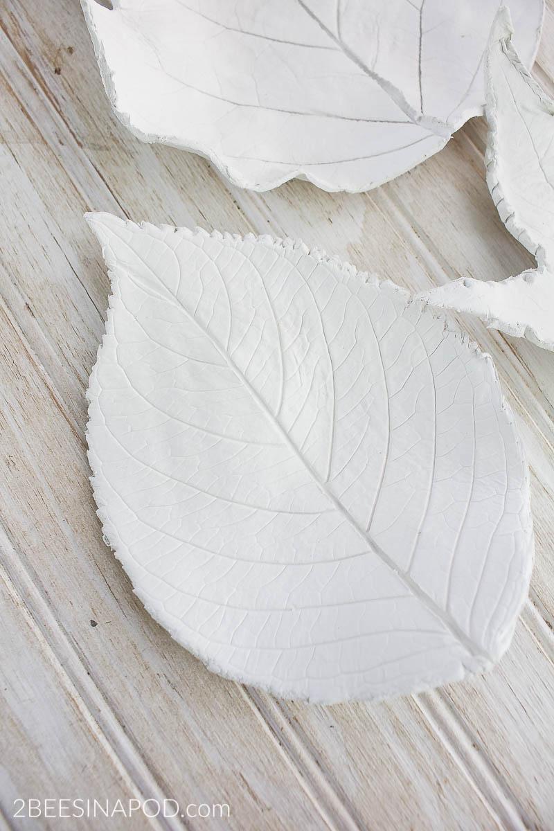 Clay Leaf Bowls – Easy DIY Project
