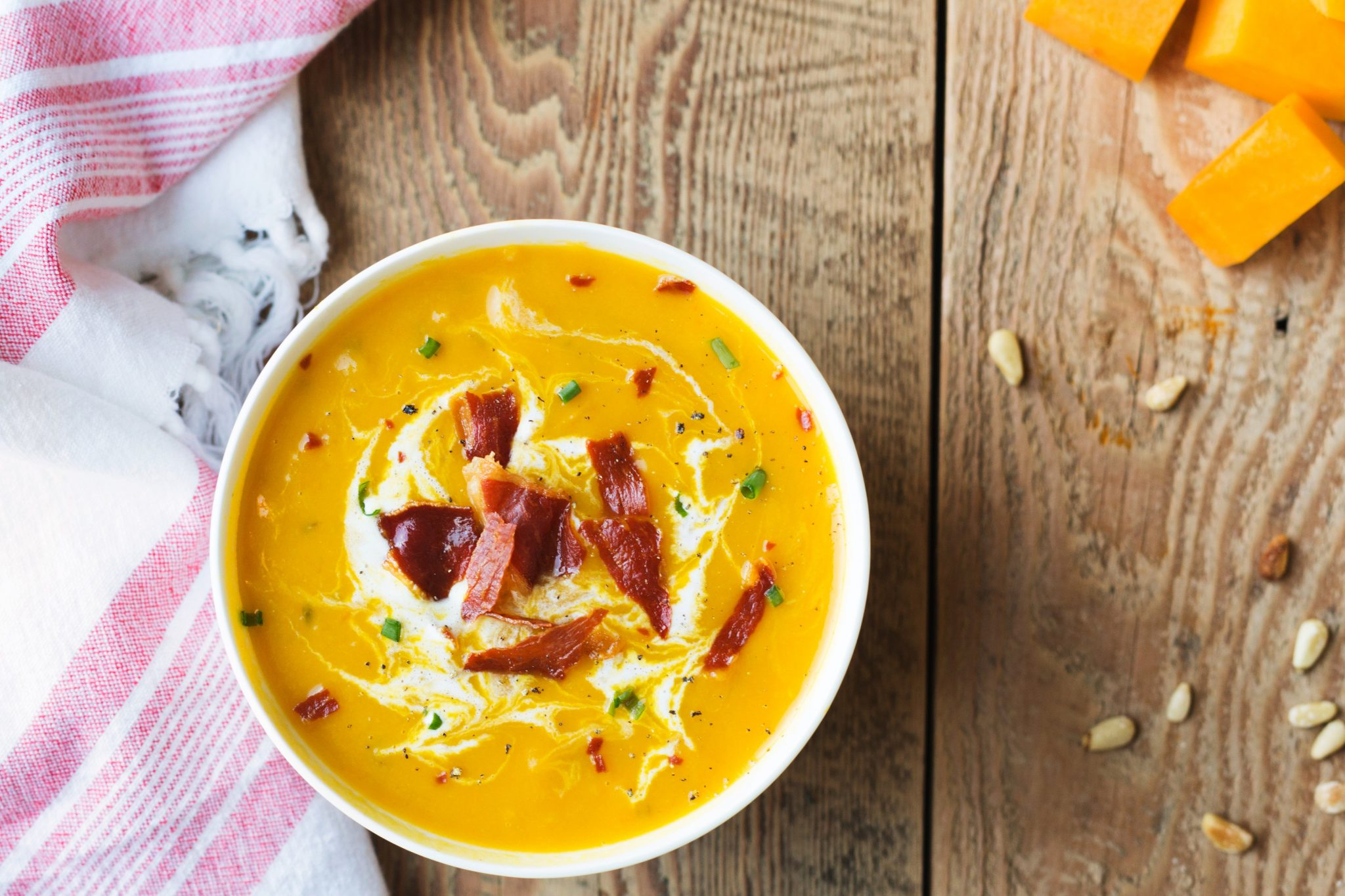 Roasted Butternut Squash Soup with Bacon – The Cooking Housewives