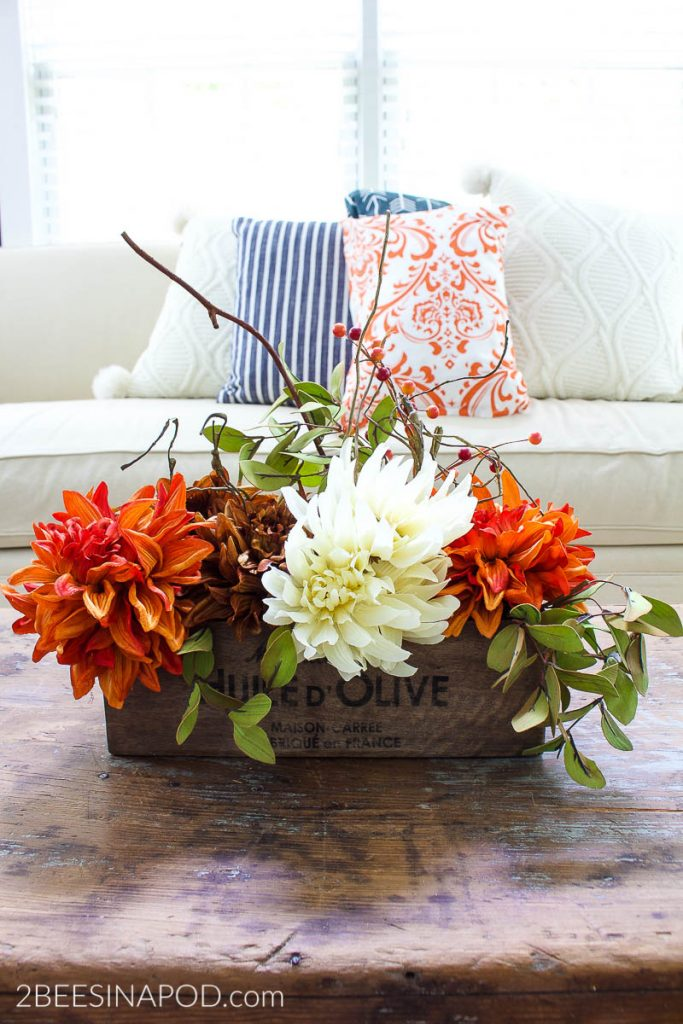 Easy Fall Centerpiece - DIY and pretty