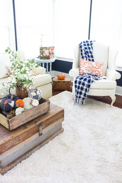 Fall Family Room Decor – Simple and Cozy