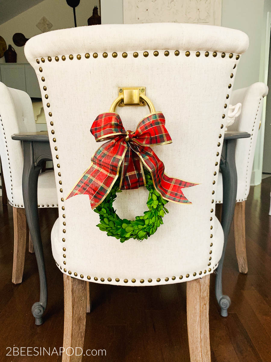 Decorating Chair Backs for Christmas - 2 Bees in a Pod