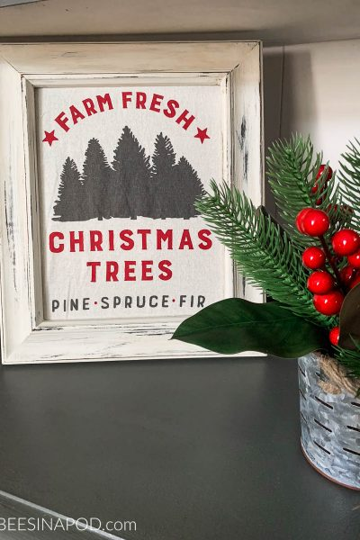 Framed Christmas Tea Towel as Art – Super Simple Project