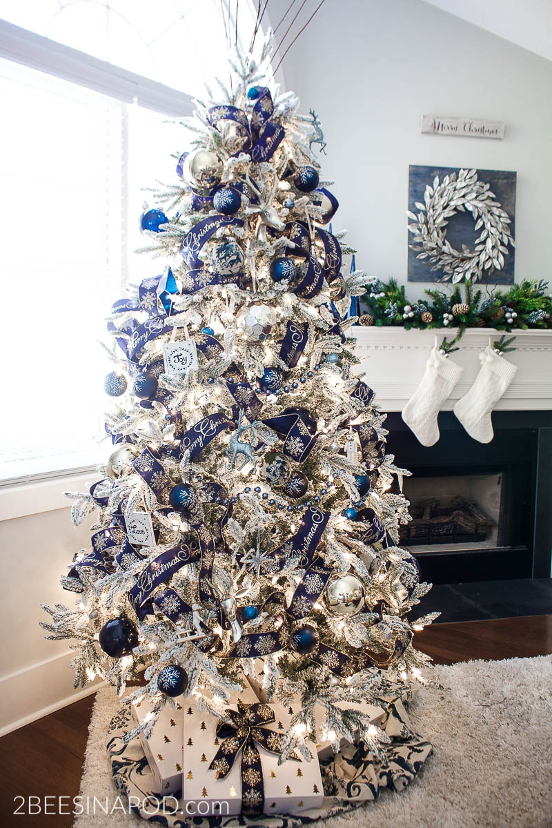 Blue and Silver Christmas Tree for the Living Room , 2 Bees