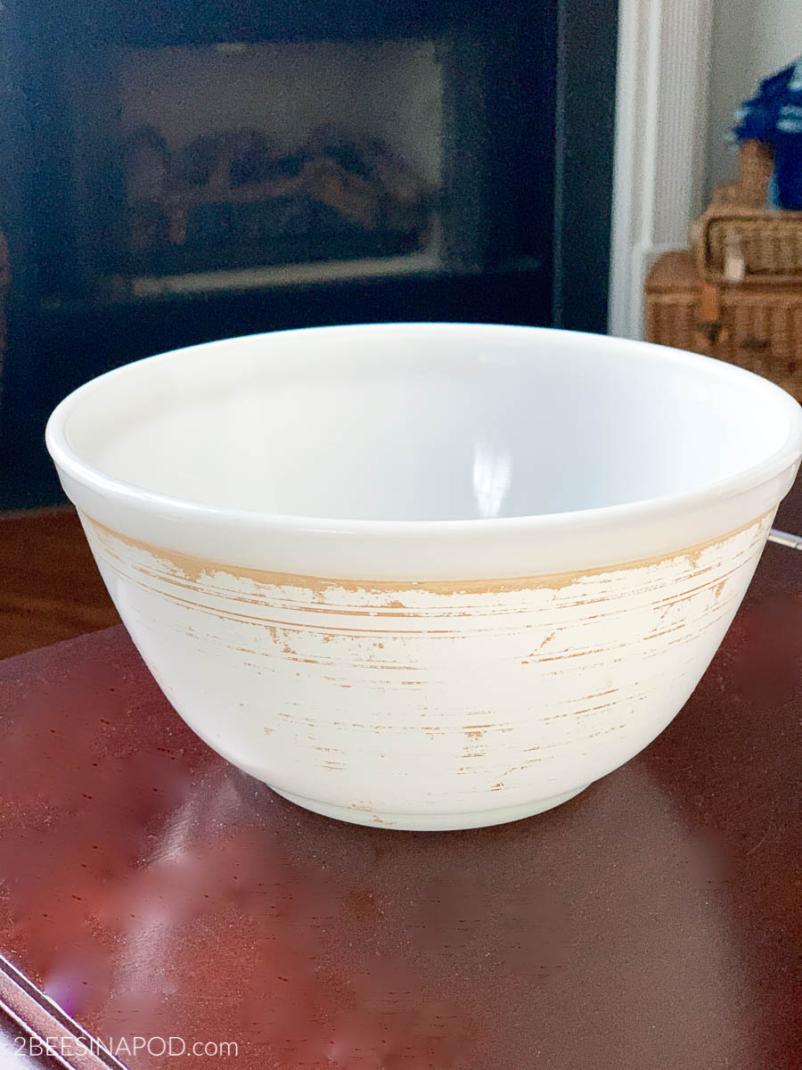 How to Remove Faded Design From a Vintage Pyrex Bowl - this bowl has a lot of damage