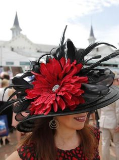 All The Buzz Kentucky Derby Style 2 Bees In A Pod