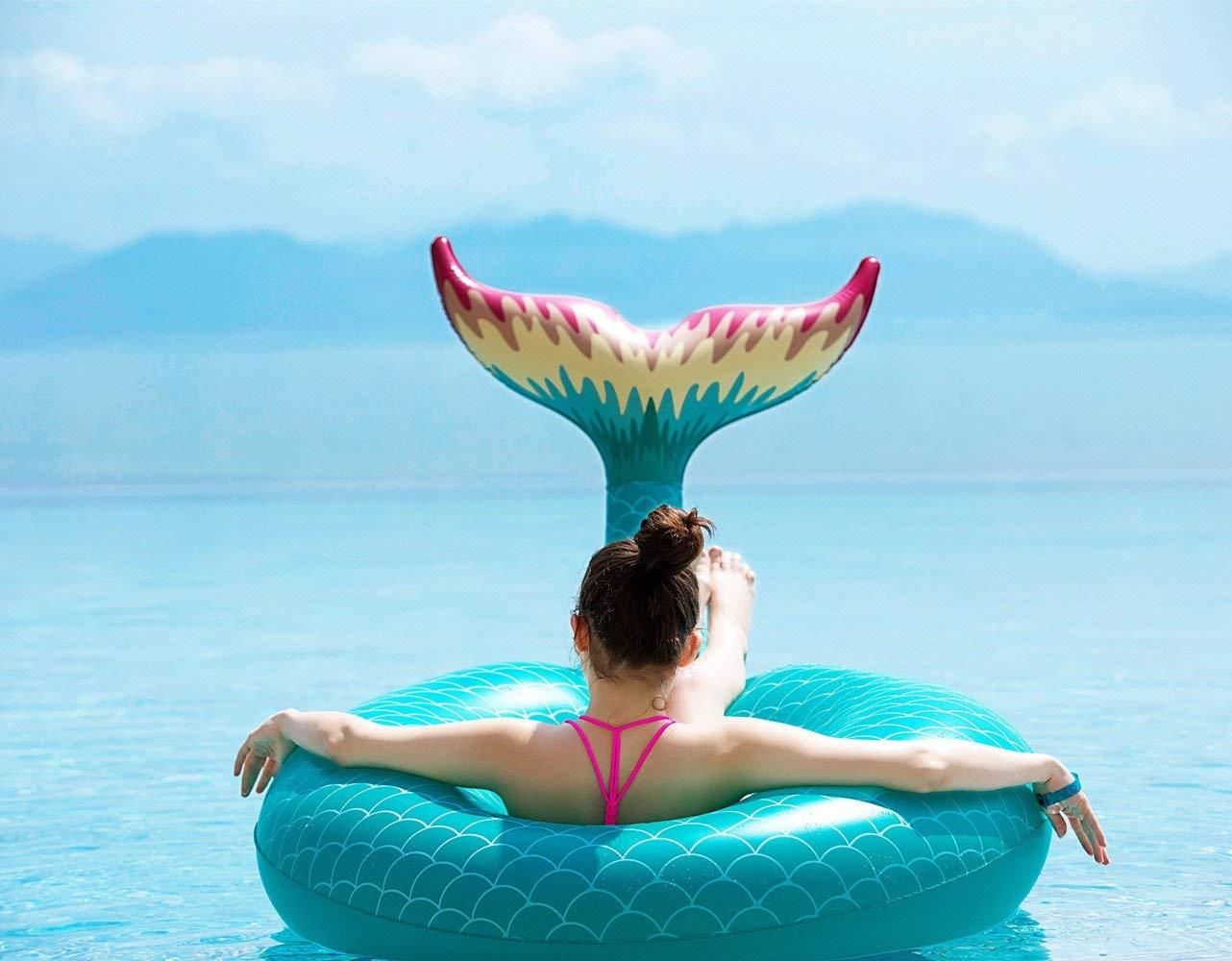 Summer Beach Essentials – 24 Fun Ideas