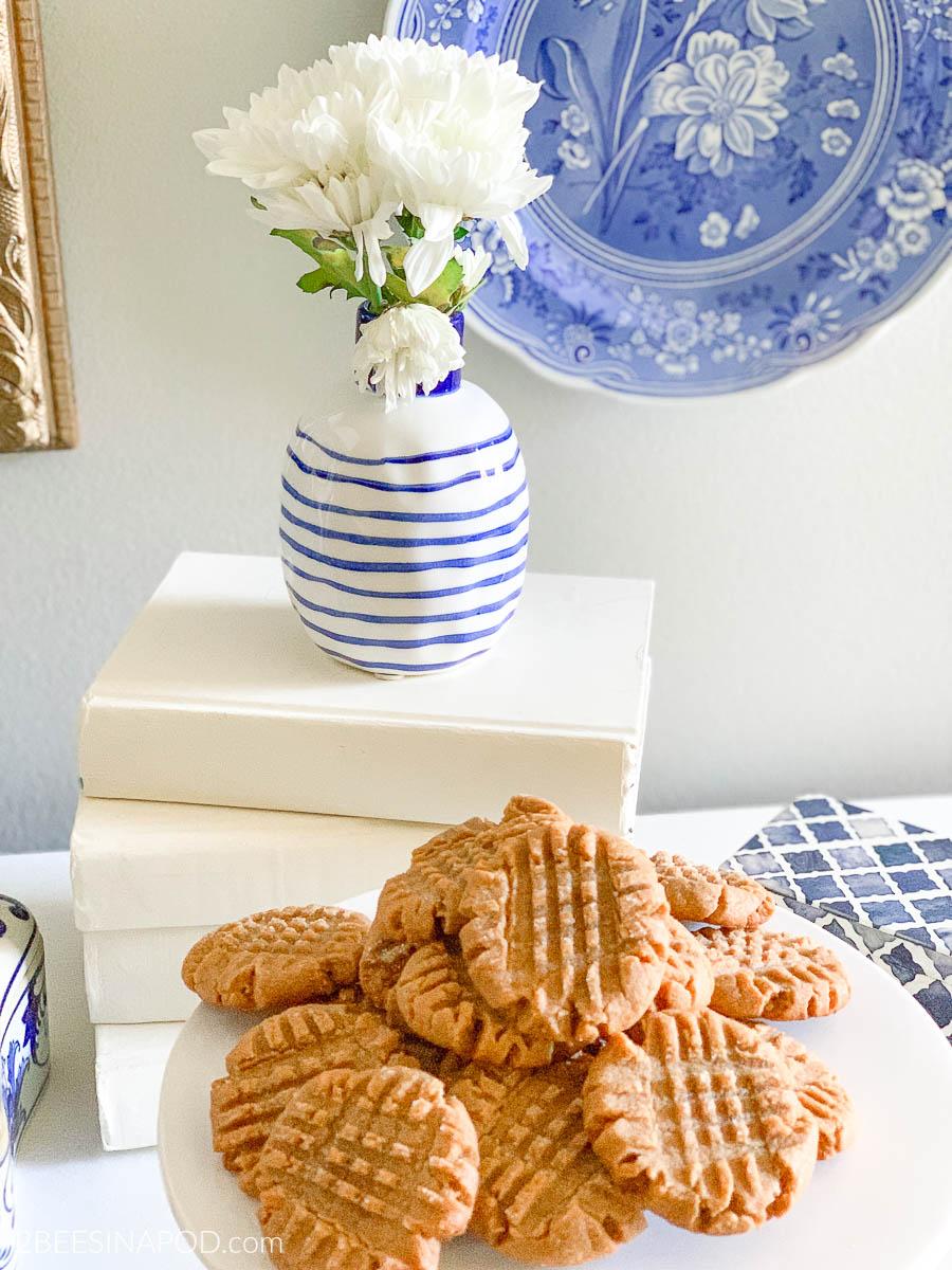 4 Ingredient Peanut Butter Cookie – No Flour