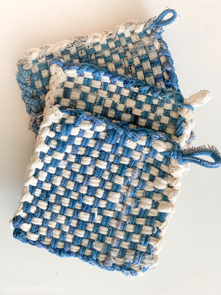 Diy Potholder Loom Easy And Fun To Make 2 Bees In A Pod