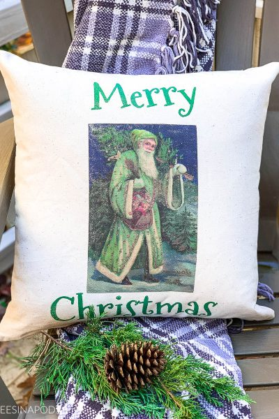 DIY Outdoor Christmas Pillow