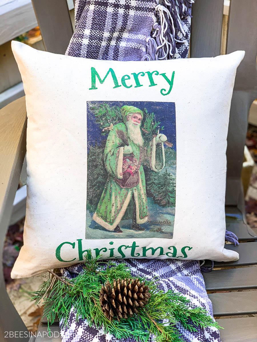 DIY Outdoor Christmas Pillow