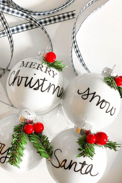 10 Easy DIY Christmas Ornaments