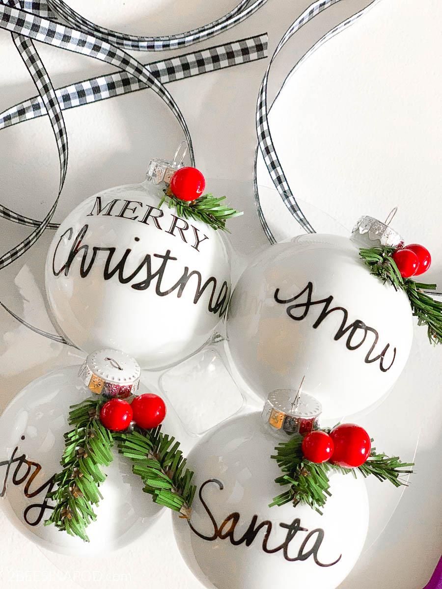 10 Easy DIY Christmas Ornaments