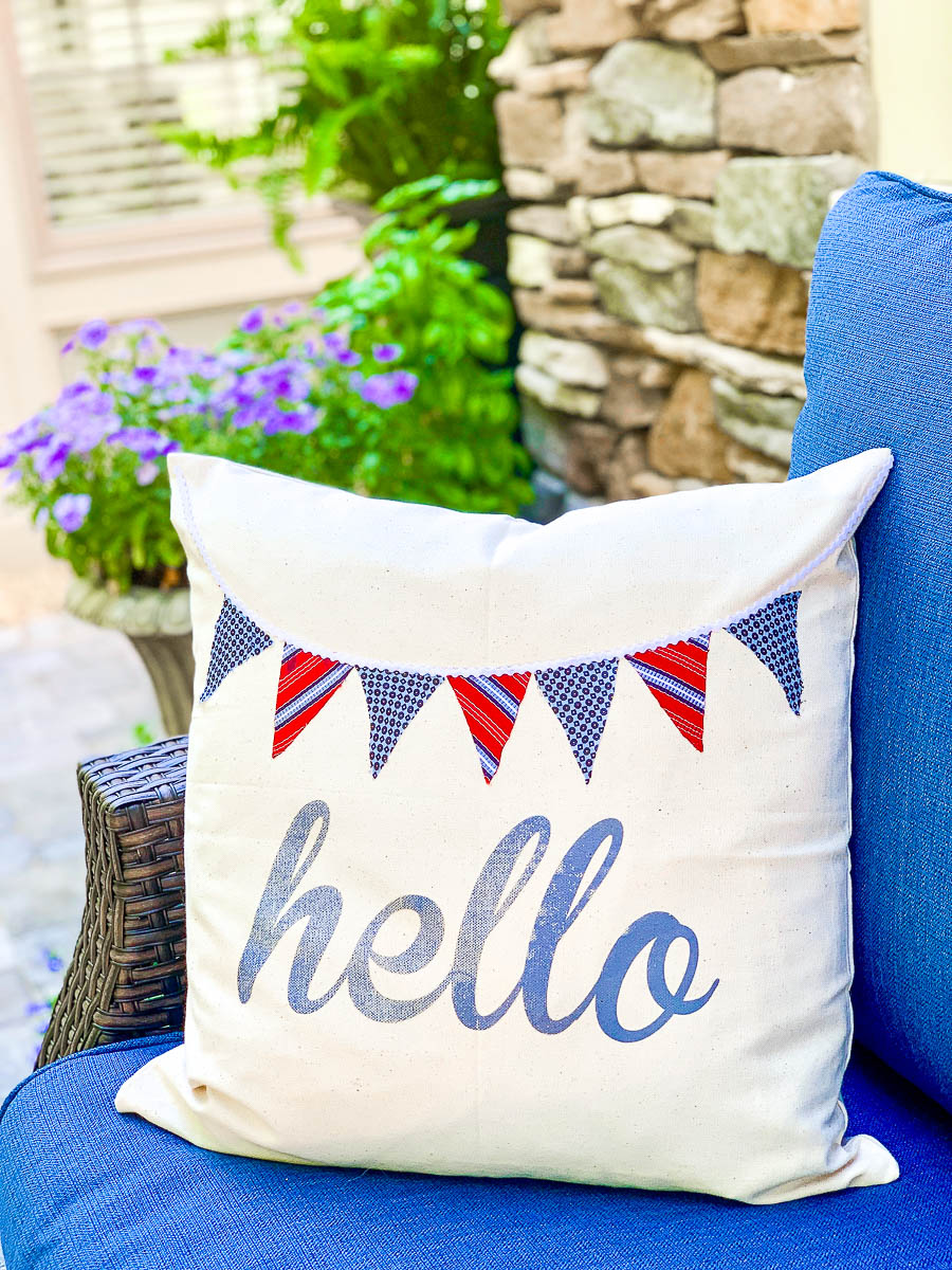 Summer Pillow for the Front Porch