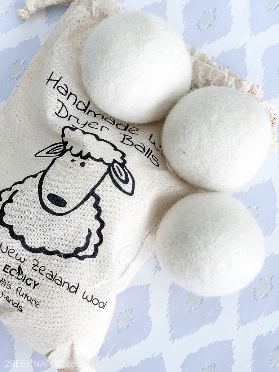 How to Scent Dryer Balls Using Essential Oils