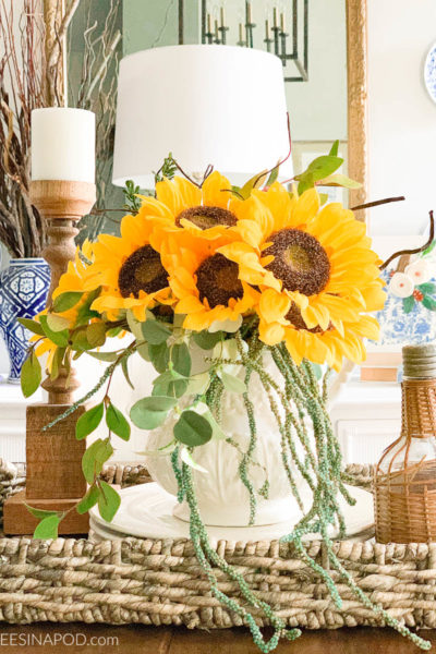 Easy Fall Sunflower Centerpiece
