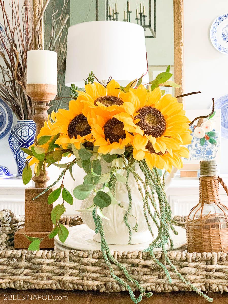 Easy Fall Sunflower Centerpiece
