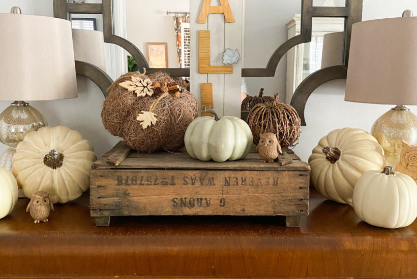 Decorating entryway for fall
