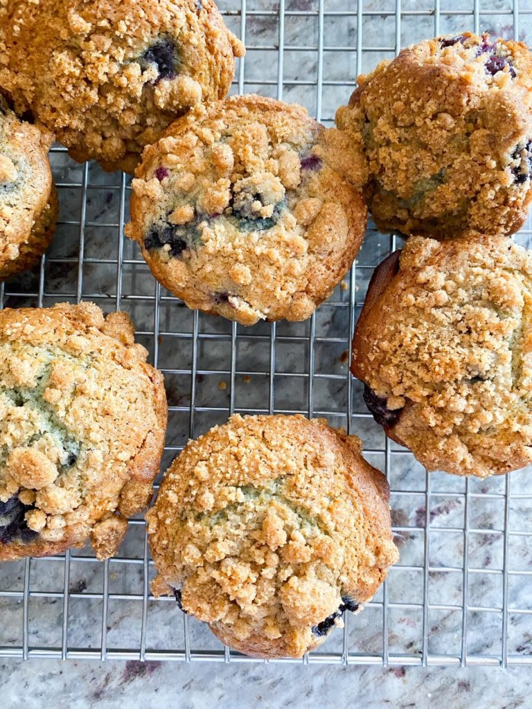 Recipe for homemade blueberry muffins
