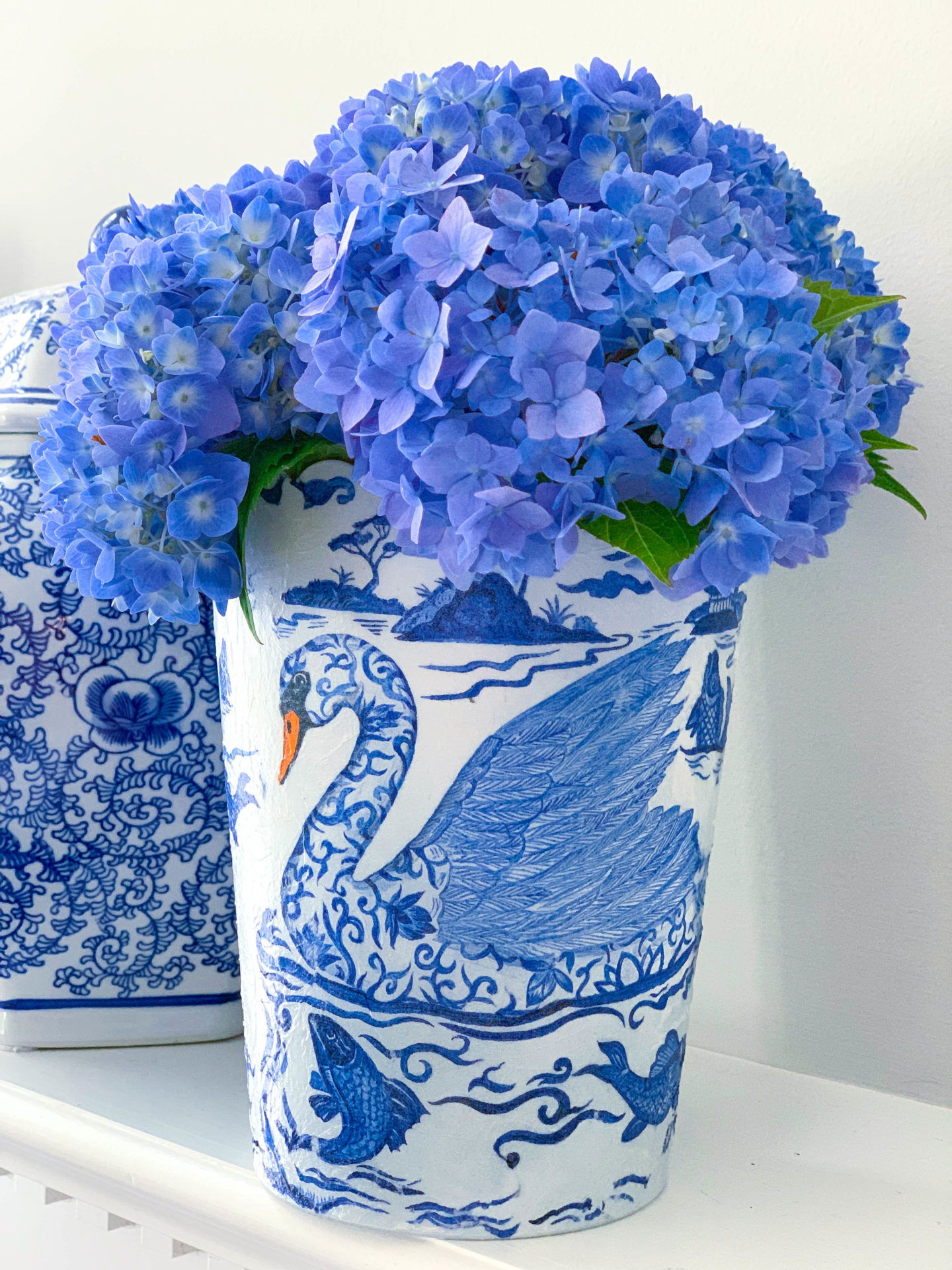 Decoupage Vase with Napkins – Dollar Tree Project