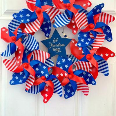 Easy Patriotic Pinwheel Wreath