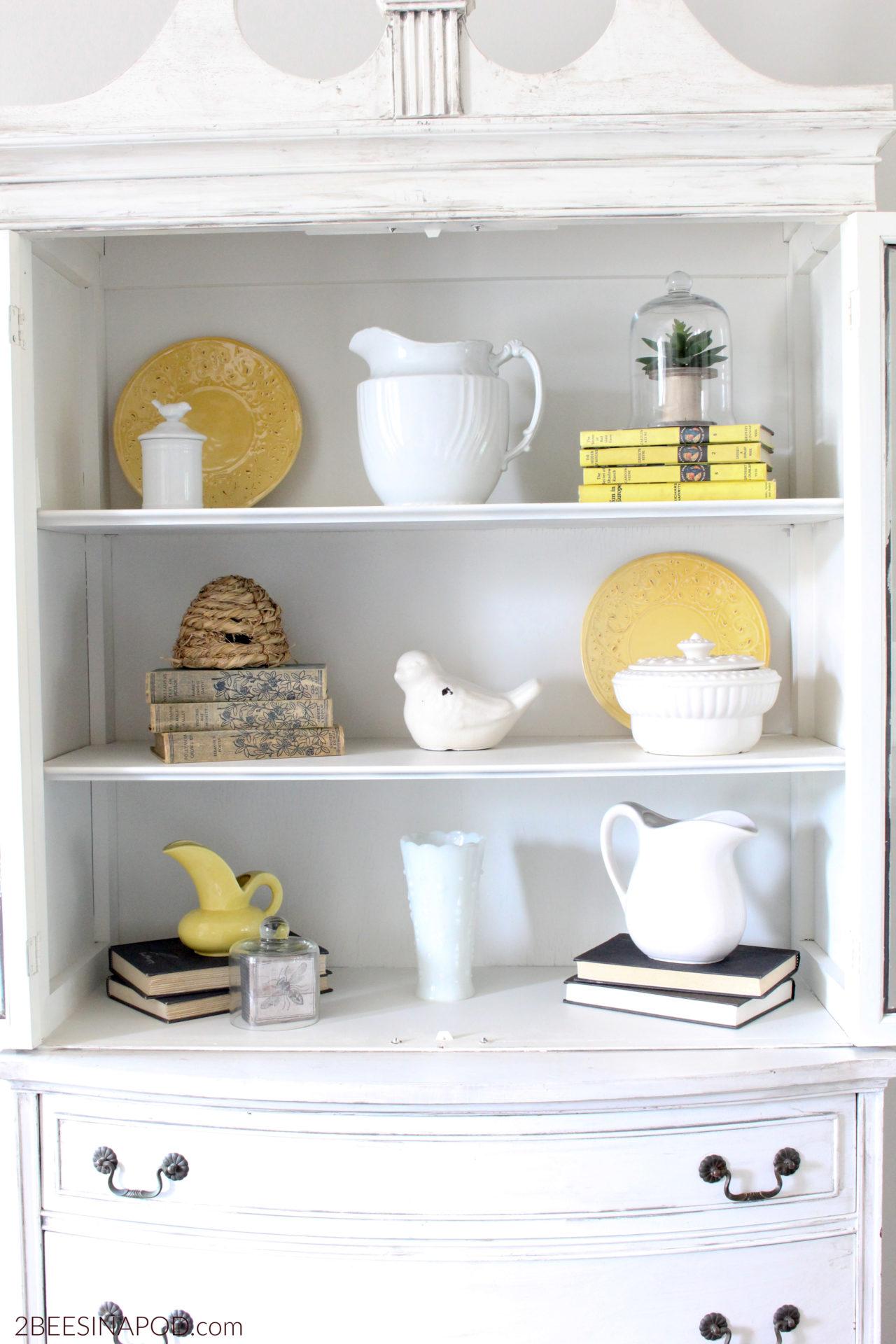 Secretary Shelves Decor – New House