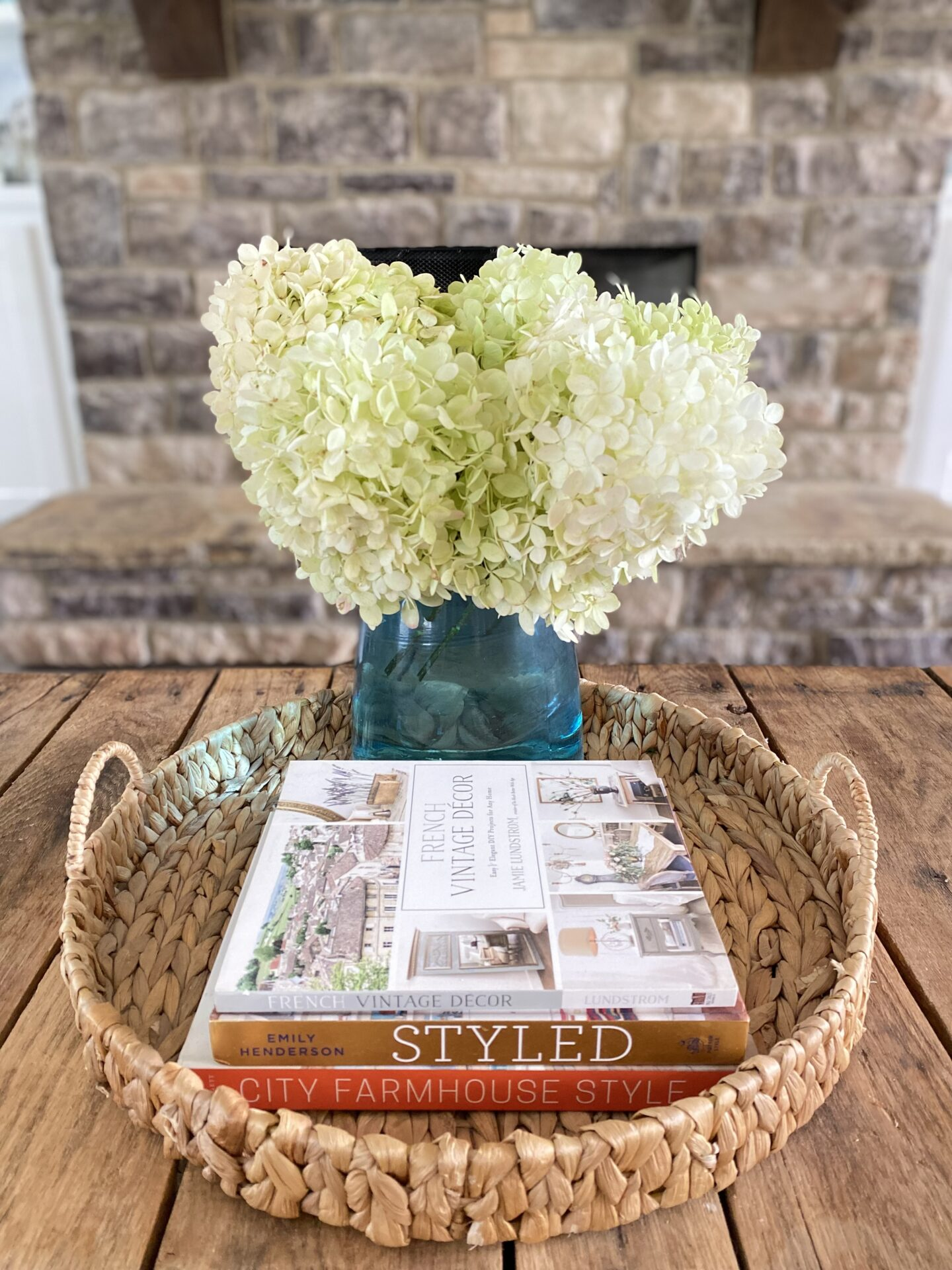Easy Limelight Floral Centerpiece