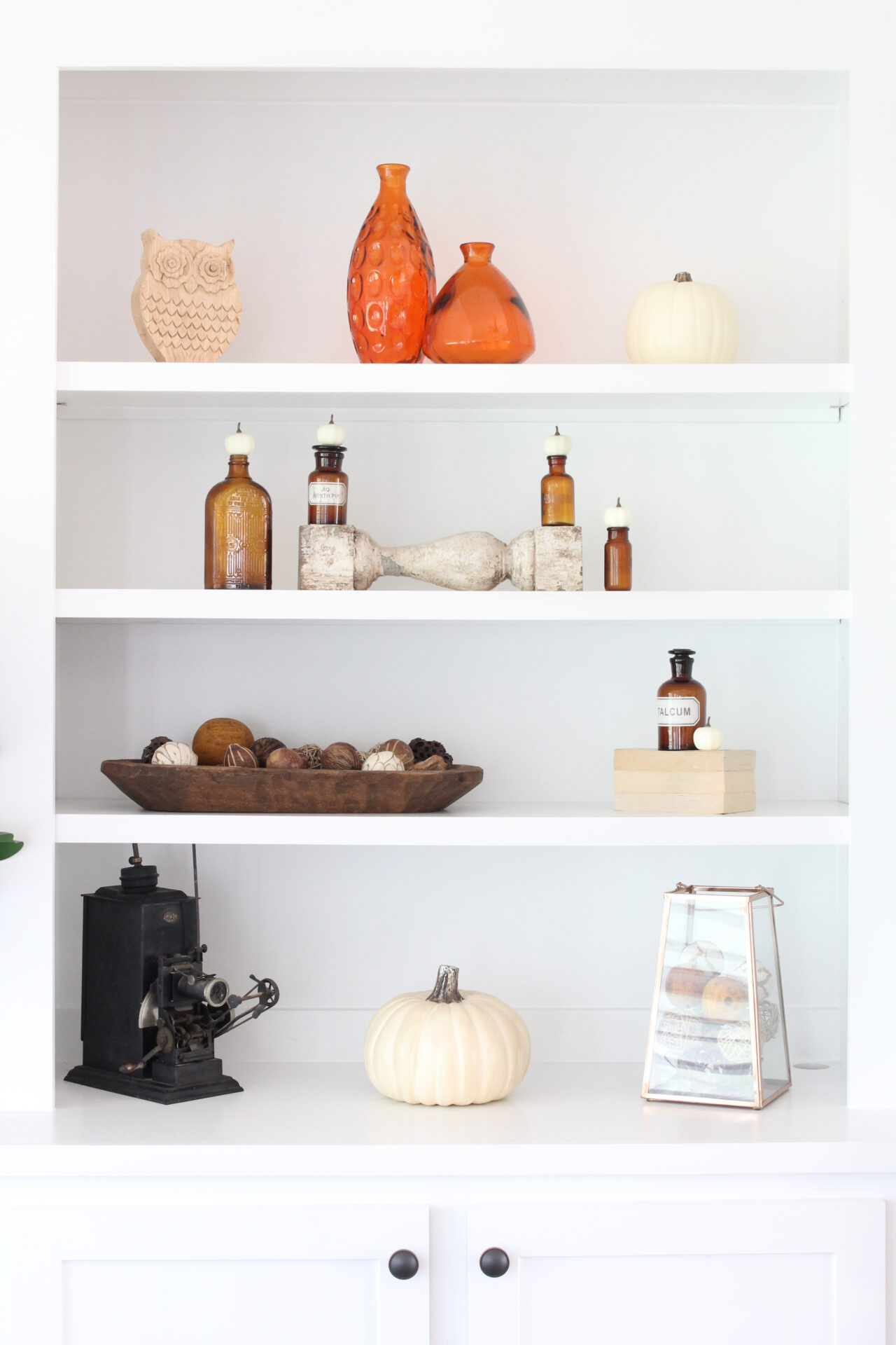 Fall Living Room with Thrifted Decor