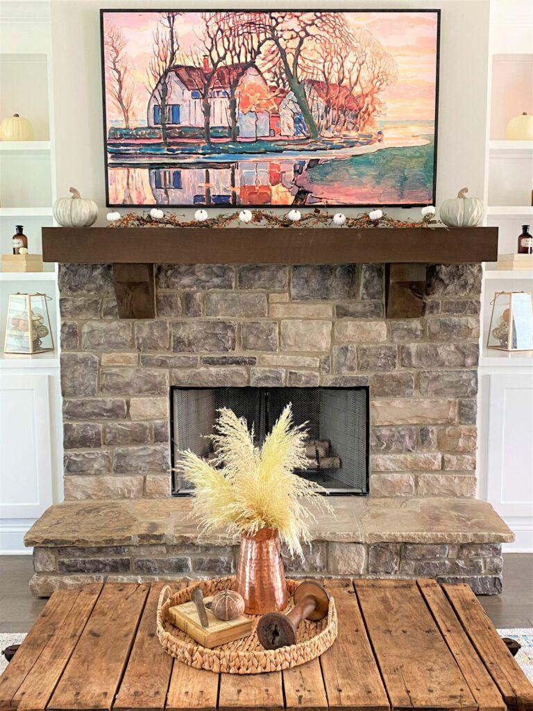 Living room fall mantel