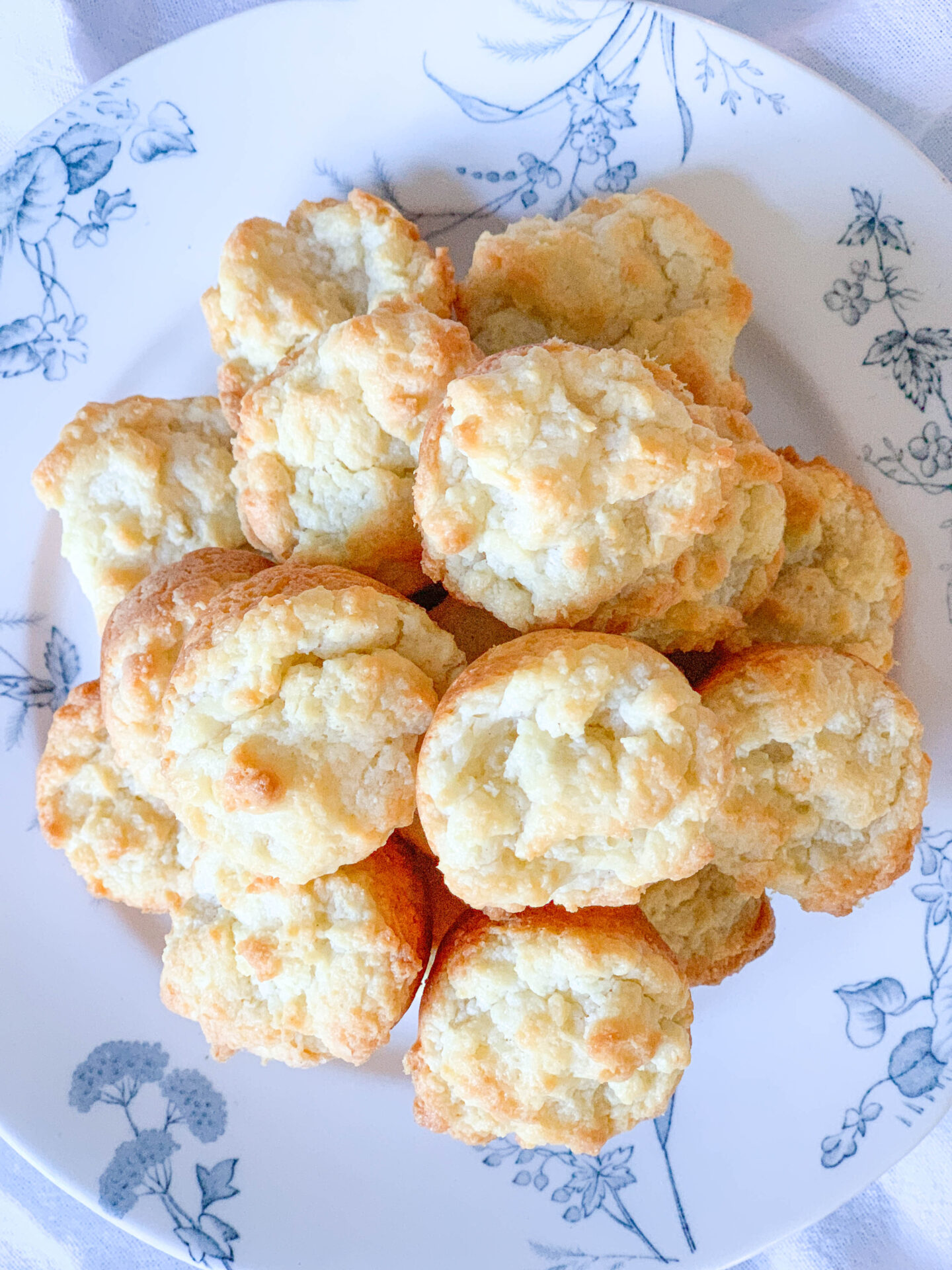 Tiny Cream Cheese Biscuits